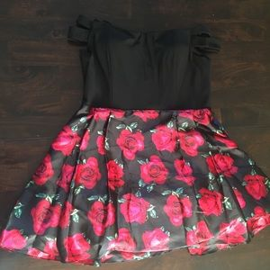 Silk OFF THE SHOULDER Formal Dress with roses